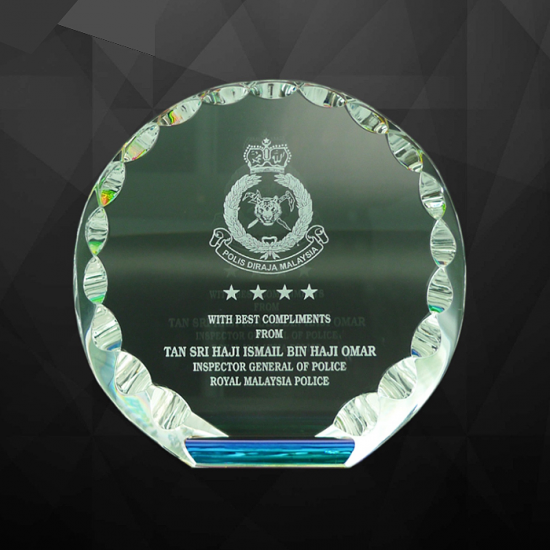 EXCLUSIVE CRYSTAL PLAQUES
