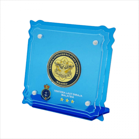 MEDAL WITH ACRYLIC PLAQUE