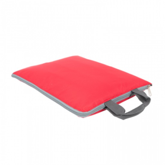 CHECKERED PVC LAPTOP SLEEVE WITH HANDLE